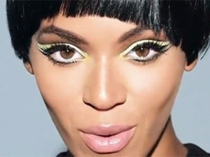 """Beyoncé no clipe da música """"Countdown"""" (Foto: Reprodução / You Tube)"""