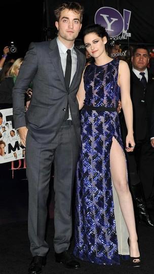 Robert Pattinson e Kristen Stewart na première de 'Amanhecer' em Los Angeles, nos Estados Unidos (Foto: Getty Images/ Agência)