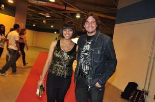 Felipe Dylon e Aparecida Petrowky no Show de Ivete Sangalo no HSBC (Foto: Roberto Teixeira/ EGO)