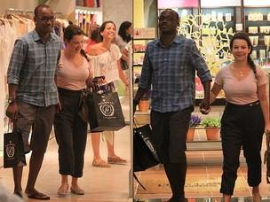 Fernanda Souza e Thiaguinho no shopping no RJ (Foto: Rodrigo dos Anjos/AgNews)