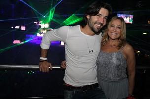 Sandro pedroso e Susana Vieira em casa de shows na Barra da Tijuca, Zona Oeste do Rio (Foto: Anderson Borde/ Ag. News)