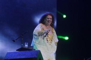 Beth Carvalho faz show em Copacabana, RJ (Foto: André Muzell/AgNews)