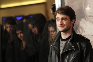 Daniel Radcliffe na première do filme 'The Woman in Black' em Los Angeles, nos Estados Unidos (Foto: Reuters/ Agência)