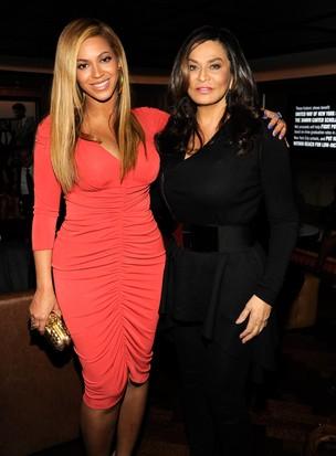 Beyonce e Mãe (Foto: Getty Image)