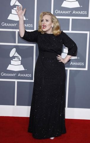 Adele no Grammy em Los Angeles, nos EUA (Foto: Reuters/ Agência)