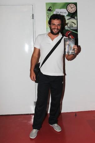Rodrigo Lombardi vai a reestreia de peça em São Paulo (Foto: Mirele Cardoso/ Ag. News)