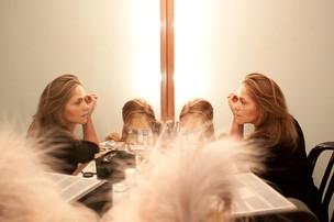 Viviane Pasmanter no camarim (Foto: Jessica Monstans / EGO)