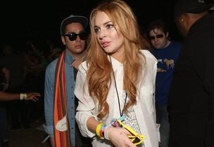 Lindsay Lohan no terceiro dia do festival de música Coachella em Indio, na Califórnia, nos EUA (Foto: Getty Images/ Agência)
