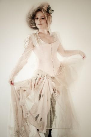 Vivianne Pasmanter em cena da peça 'Vestido de Noiva' (Foto: Fábio Nagel/Divulgação)