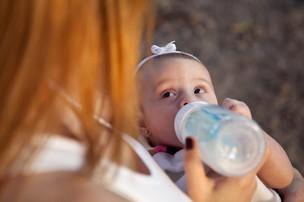 Babi Xavier posa com a filha Cinthia para o EGO (Foto: Jessica Monstans / EGO)