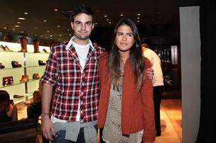 Antonia Moraes e o namorado em evento em shopping em São Paulo (Foto: Manuela Scarpa / Photo Rio News)