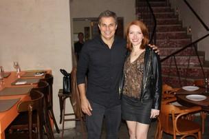 Edson Celulari e a namorada, Karin Roepke (Foto: Divulgação)