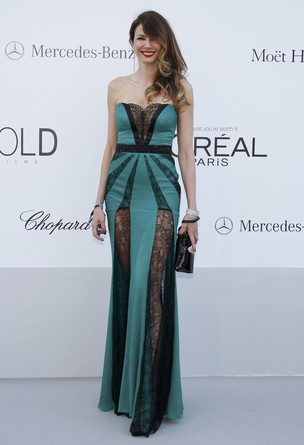 Luciana Gimenez em festa beneficente em Cannes (Foto: Reuters)
