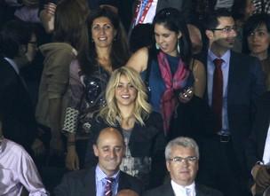 Shakira assista ao jogo do Barcelona  (Foto: Agência/ Reuters)