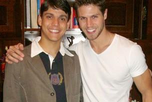 Rafael Noronha ao lado do irmão, o ex-BBB Jonas (Foto: Reprodução/Arquivo Pessoal)