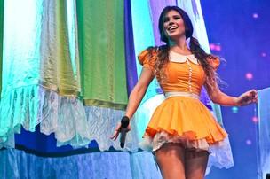 Paula Fernandes em show n cidade de Santana do Parnaíba, em São Paulo (Foto: Manuela Scarpa/ Foto Rio News)
