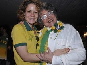 Leandra e Angela Leal (Foto: Juliana Rezende/EGO)
