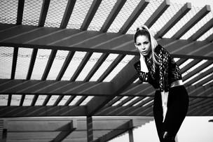 Danielle Winits posa para o EGO (Foto: Marcos Serra Lima / EGO)