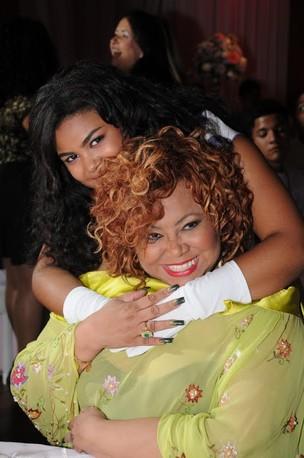 Sylvia Nazareth e a tia Alcione (Foto: Divulgação)