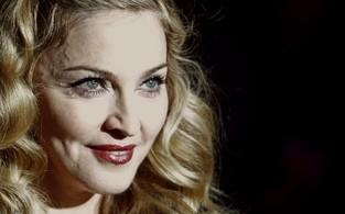 Madonna lança o filme 'W.E.' em festival de cinema em Londres, na Inglaterra (Foto: Reuters/ Agência)