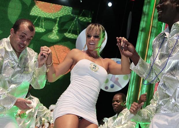 Juju Salimeni na gravação dos clipes de carnaval da TV Globo (Foto ...