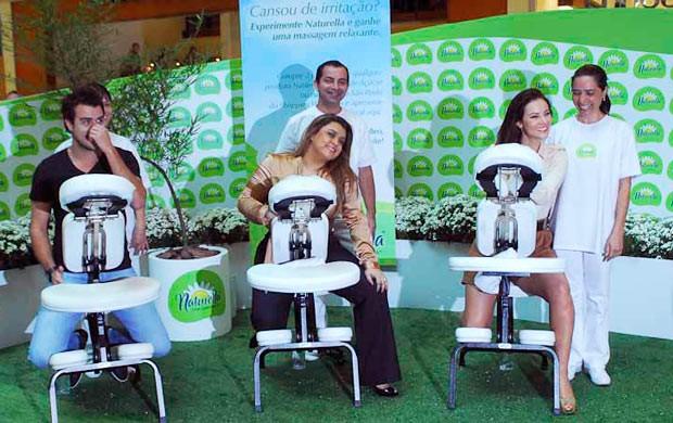 Joaquim Lopes, Preta Gil e Paola Oliveira (Foto: Celso Akin/AgNews)