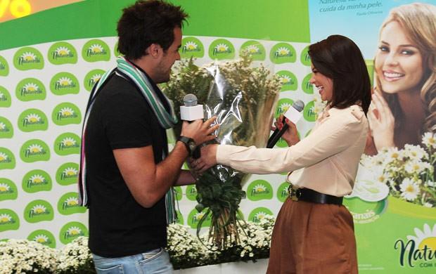 Joaquim Lopes e Paola Oliveira (Foto: Manuela Scarpa/Photo Rio News)