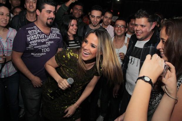 Wanessa canta em boate de São Paulo (Foto: Luciano Santos/Divulgação)