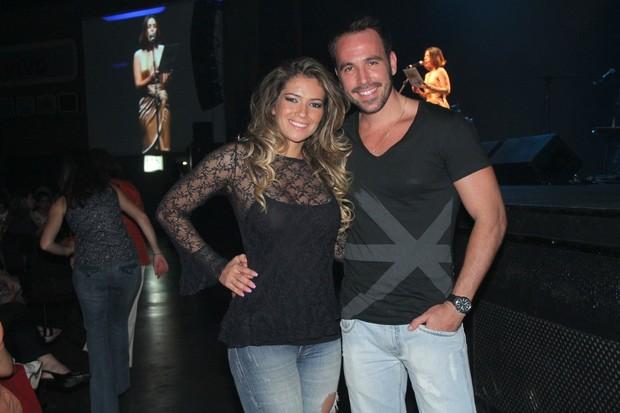 Ex-BBB Fani Pacheco com o namorado Vinícius Cavalieri em evento beneficente no Rio (Foto: Roberto Filho/ Ag.News)