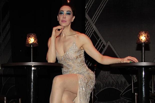 Claudia Raia na estreia de 'Cabaret' em São Paulo (Foto: Alessandra Gerzoschkowitz / EGO)