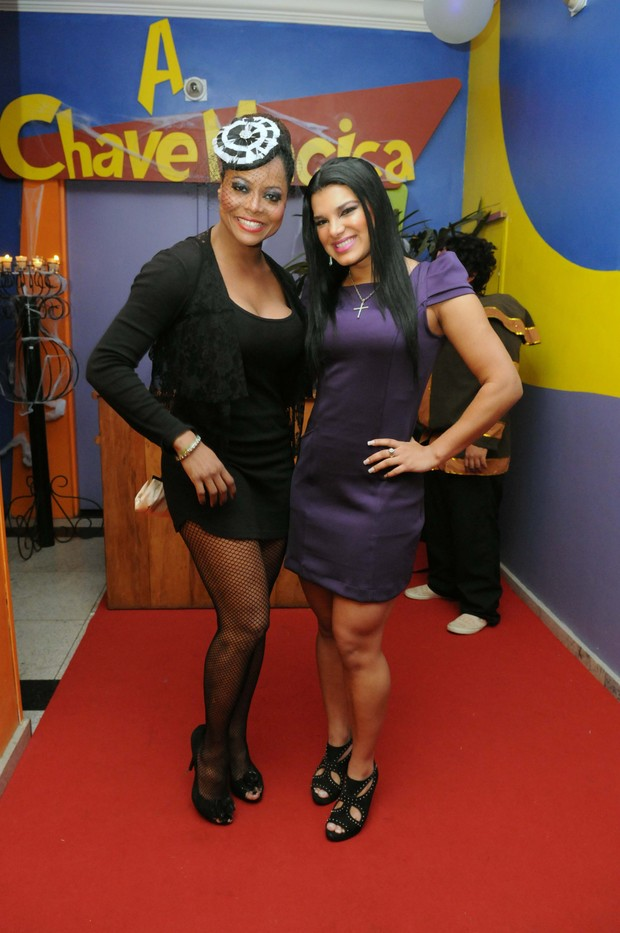 Adriana Bombom e Juliana Almeida (Foto: Marcos Fernandes/Divulgação)