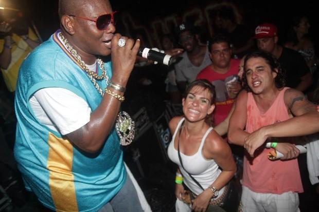 Lívia Lemos e Guilherme Boury curtem show do Mc Sapão em Manaus (Foto: Fred Pontes/ Divulgação)