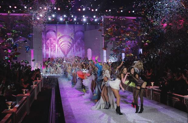 'Victoria's Secret Fashion Show' em Nova York, nos Estados Unidos (Foto: Reuters/ Agência)