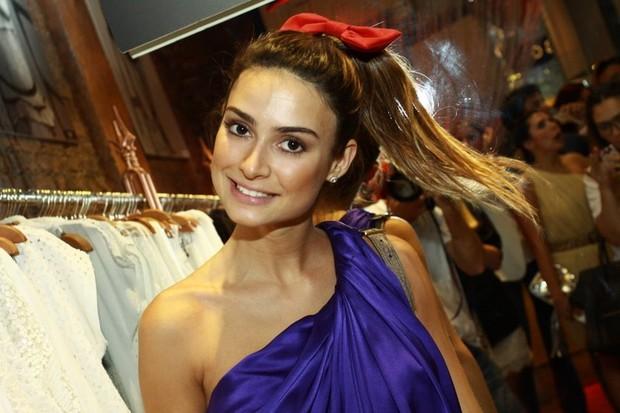 Thaila Ayala em inauguração de loja no Rio (Foto: Anderson Borde/ Ag. News)