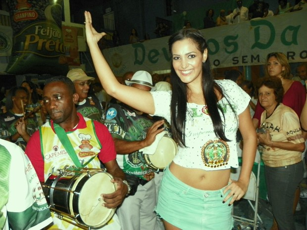 Flavia Piana (Foto: Taís Vianna/Divulgação)
