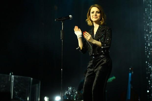 Sandy canta músicas de Michael Jackson em show em São Paulo (Foto: Iwi Onodera/ EGO)