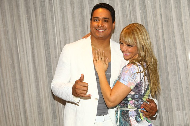 Carla Perez e Xanddy na gravação do 'Show da Virada' em São Paulo (Foto: Iwi Onodera/ EGO)