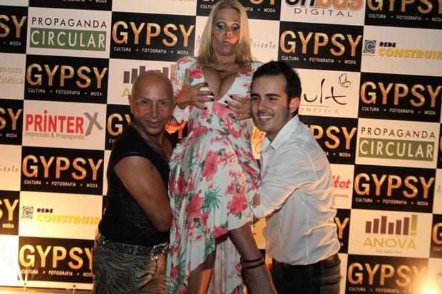 Monique Evans em lançamento de revista no Rio (Foto: Anderson Borde/ Ag. News)