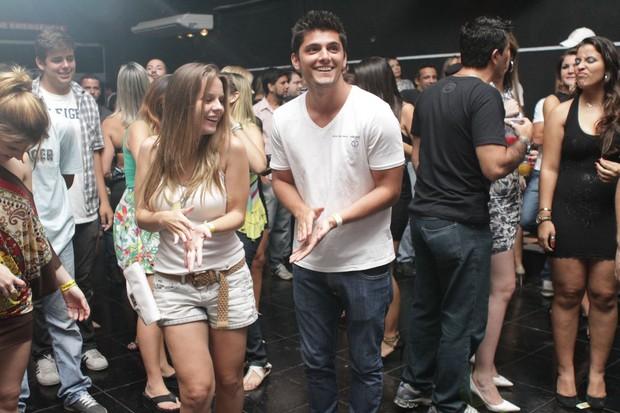 Daniela Carvalho e Bruno Gissoni em inauguração de boate no Rio (Foto: Raphael Mesquita/ Divulgação)