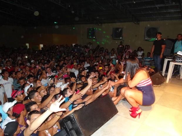 Mulher Melancia faz show no Acre (Foto: Divulgação / Divulgação)