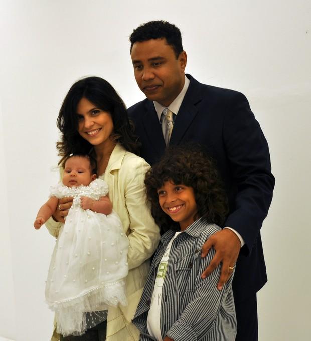 Aline Barros e família (Foto: Divulgação)