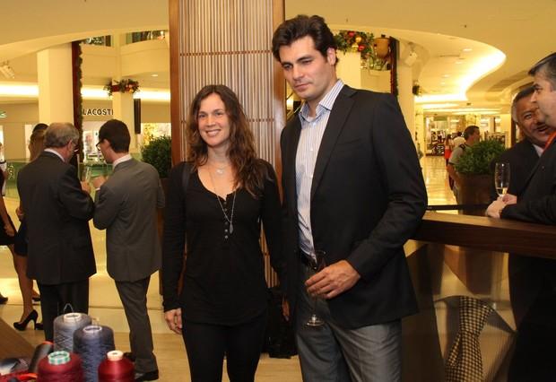 Thiago Lacerda e Vanessa Lóes em evento em shopping na Zona Sul do Rio (Foto: Thyago Andrade/ Photo Rio News)