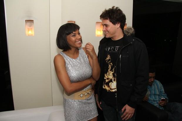 Aparecida Petrowky e Felipe Dylon em evento em restaurante no Rio (Foto: Thyago Andrade/ Photo Rio News)