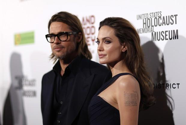 Angelina Jolie e Brad Pitt na pré-estreia de 'In the Land of Blood and Honey' em Los Angeles, nos Estados Unidos (Foto: Reuters/ Agência)