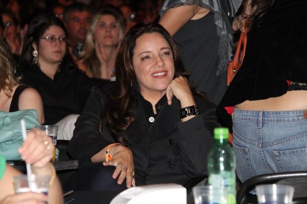 Ana Carolina vai a show de Maria Gadu, no Rio (Foto: Thyago Andrade / Photo Rio News)