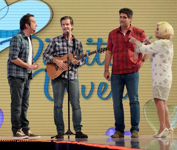 Emílio Zurita, Victor e Leo e Habe Camargo (Foto: Francisco Cepeda/Ag News)