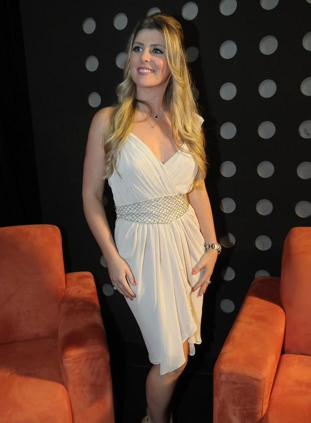 Iris Stefanelli na gravação de programa beneficente em São Paulo (Foto: Francisco Cepeda/Ag News)