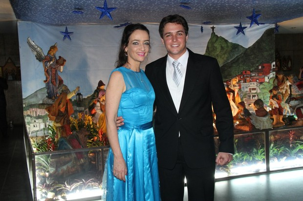Felipe Dylon e a mãe, Maria Lucia Prioli (Foto: Roberto Filho / AgNews)