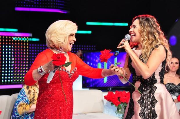 Hebe e Daniela Mercury no especial de Natal da apresentadora (Foto: Wayne Camargo / Divulgação)