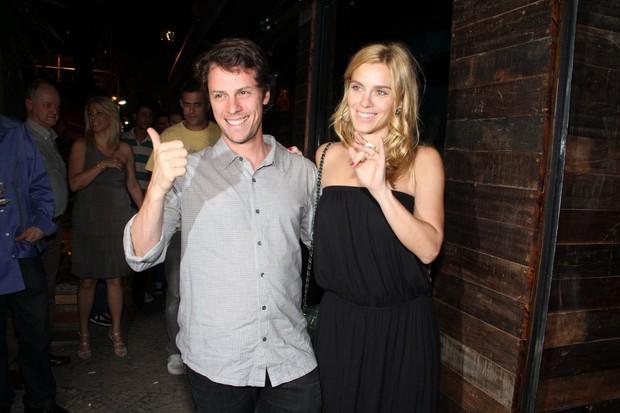 Carolina Dieckmann e Tiago Worcman em inauguração de restaurante no Rio (Foto: Thyago Andrade/ Photo Rio News)